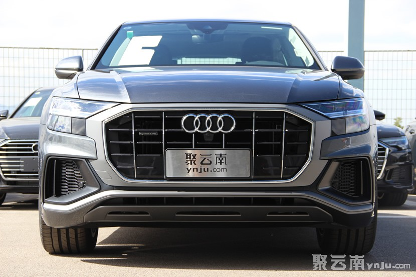 奥迪全新旗舰车型Q8红河州到店静态实拍