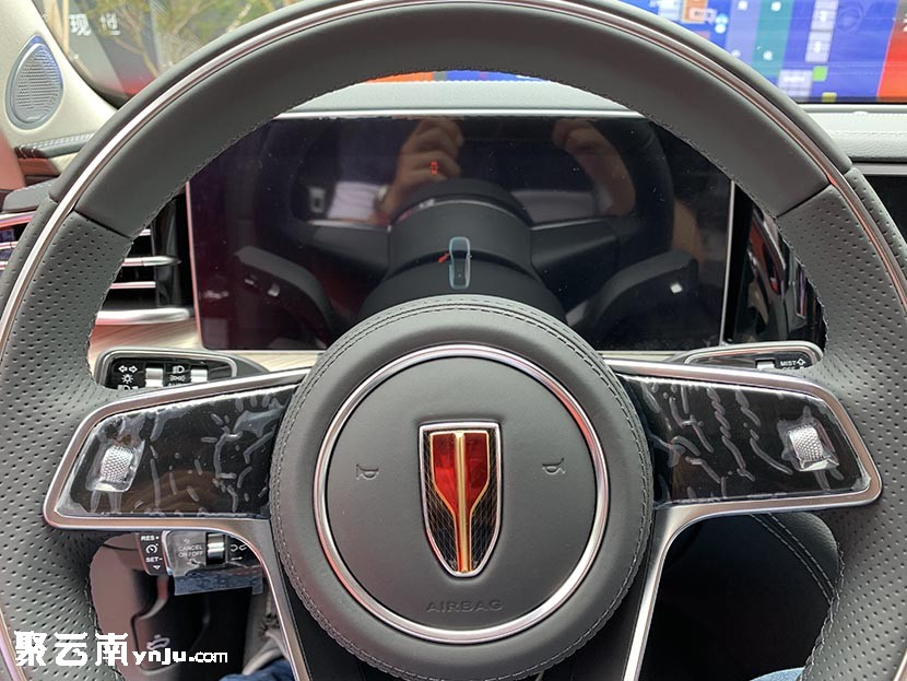 红旗H9上市前新车实拍鉴赏